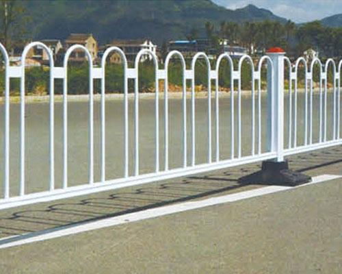 安义铁艺道路护栏